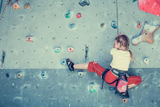 Schlechtes Wetter? Hier sind unsere Indoor-Lieblinge: Bouldern